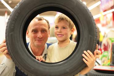 Ako zistiť či potrebujete nové pneumatiky a podľa čoho ich vybrať?