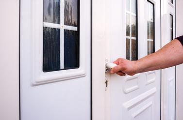 funkcne-vchodove-dvere.jpg