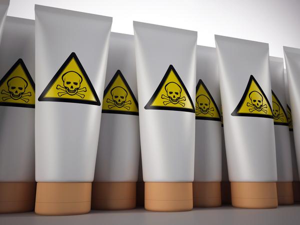 Dávajte si pozor na zloženie kozmetiky. Niektoré jej zložky môžu poškodiť zdravie