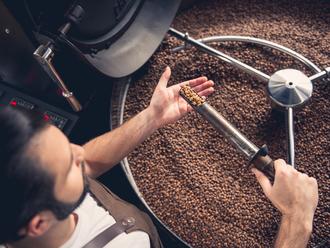 cesta-kavy-z-plantaze-do-praziarne.jpg