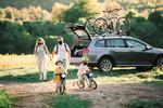 na-cestach-s-celou-rodinou-a-bicyklami.jpg
