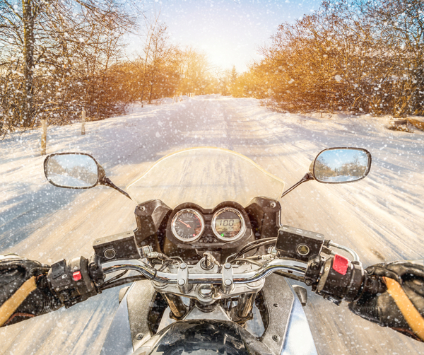 Aby ste na zimu nemuseli odložiť motorku do garáže