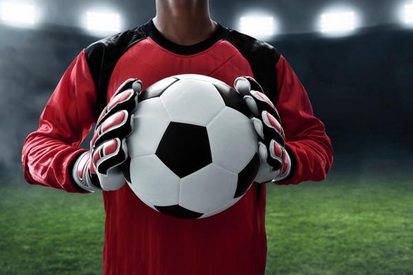 Ako vyberať brankárske rukavice na futbal?