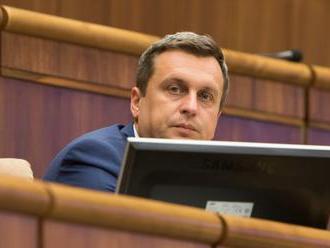 Útok na Andreja Danka: Poslanci sa do neho pustili a navrhujú rázne kroky!