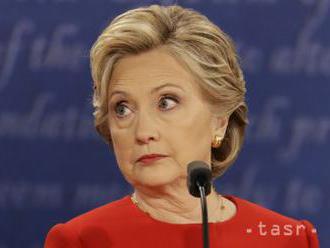 VIDEO: Na Manhattane sa objavila socha polonahej Clintonovej
