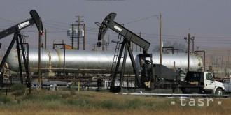 Ceny ropy prudko vzrástli kvôli poklesu zásob v USA