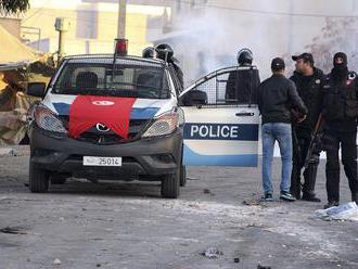 Tunisko predĺžilo výnimočný stav o ďalšie tri mesiace