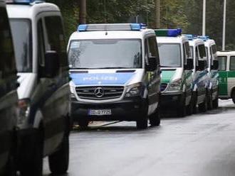 Střelba v Německu: Neonacista začal pálit na policisty, 4 poranil
