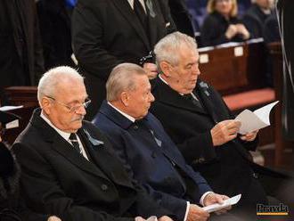 Za Zemanovo meškanie vraj môže slovenský protokol