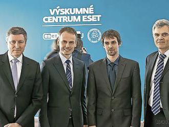 Konečne to priznali: Slovenský gigant financuje Beblavého stranu, je v tom aj Kiska?
