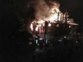 Hororové VIDEO z požiaru na školskom internáte: V hrozivých plameňoch zomierali študentky!