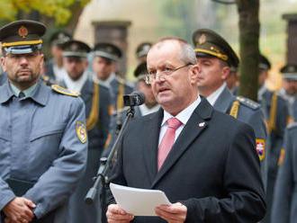 Z veľkých plánov zostali len reči: Na bezpečnosť Slovákov nie sú peniaze!