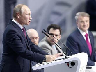 Putin si mädlí ruky: S kým sa chce spojiť?