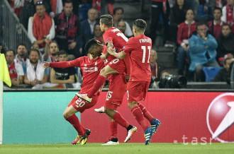 Liverpool a Hull City postúpili do semifinále Ligového pohára