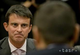 Väčšina Francúzov dáva prednosť Vallsovi pred Hollandom