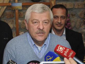 Letisko Piešťany dočasne odvrátilo likvidáciu, chaos pod dohľadom župana však pokračuje