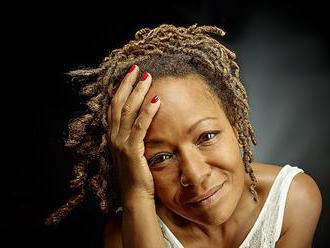 Lisa Simone: Keď som začala spievať, mama mi položila jedinú otázku