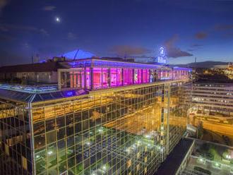 Předvánoční megasoutěž: Vyhrajte noc v luxusním hotelu Hilton Prague!