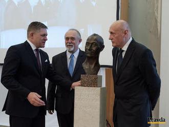 Pocta Alexandrovi Dubčekovi v Štrasburgu