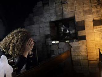 Podmienky na registráciu cirkvi sa sprísnia, zmeny schválil parlament