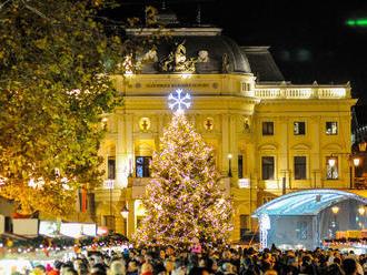 Veľký prehľad vianočných trhov: Nalaďte sa na najkrajšie sviatky roka