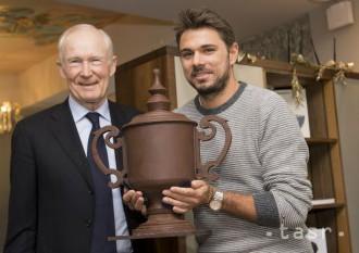 Wawrinka dostal čokoládovú repliku trofeje z US Open