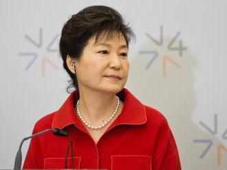 Kórejsky parlament bude 9. decembra hlasovať o odvolaní prezidentky Pak Kun-hje