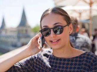 Češi jsou o krok blíž zrušení poplatků za roaming. Ale má to háček