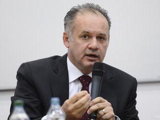 Prezident Kiska pricestoval do juhomaďarského Szekszárdu na summit V4