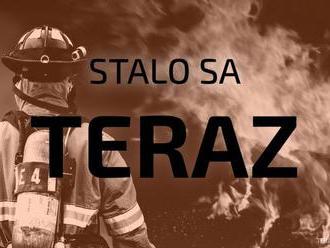 Na Gagarinovej ulici v Bratislave sa zrazilo päť áut