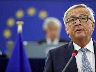 Juncker: Briti sa musia zaviazať, že splatia svoje finančné podlžnosti