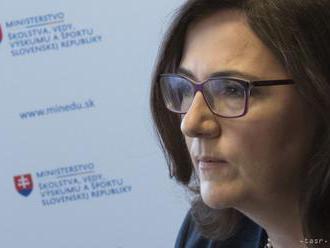 M. LUBYOVÁ: Dokument Učiace sa Slovensko sa nedá predložiť na vládu