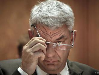 Rumunský premiér s ťažkosťami presadil rekonštrukciu vlády