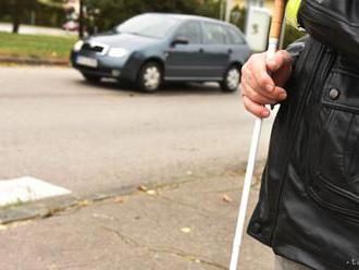 Blašková: Nevidiacim na priechode nezastavilo vyše 18 percent vodičov