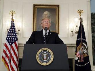 USA jadrovú dohodu s Iránom nevypovedia, ale majú k nej výhrady