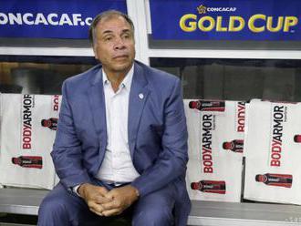 Tréner USA Arena rezignoval na svoju funkciu