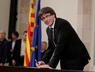 Kľúčoví spojenci žiadajú Puigdemonta ignorovať Madrid a vyhlásiť nezávislosť