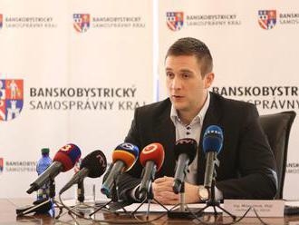 Podľa Uhríka europoslanec Maňka operuje s číslami vytrhnutými z kontextu