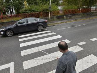 Nevidiacim na priechode nezastavilo vyše 18 percent vodičov