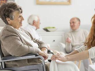 Hodnotenie sociálnych domovov posunuli o dva roky