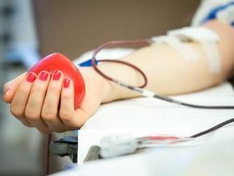 Srdcovocievny ústav vyzýva ľudí k darovaniu krvi, má jej akútny nedostatok