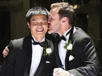Austrálčania podporili v prieskume manželstvá osôb rovnakého pohlavia