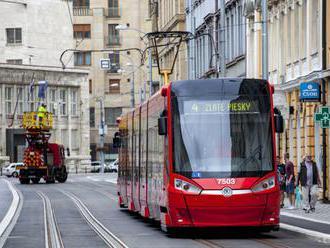 Rekonštrukciu električkovej trate na Špitálskej ulici dokončujú