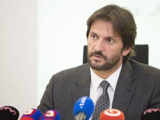 Opozícia chce ministra vnútra Kaliňáka odvolať z postu šéfa rezortu