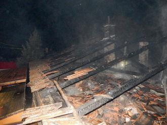 Pri požiari azylového domu v Nemecku zahynul jeden človek