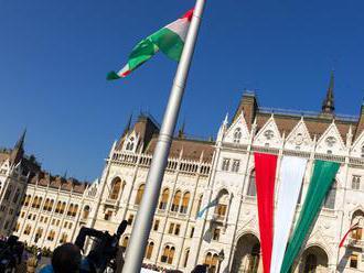 Maďarské strany, ktoré nezískajú 1 %, musia vrátiť dotácie, rozhodol parlament