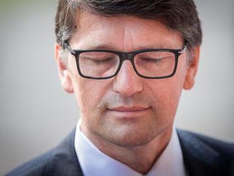Maďarič ponúkol vedeniu Smeru svoju abdikáciu na podpredsedu strany