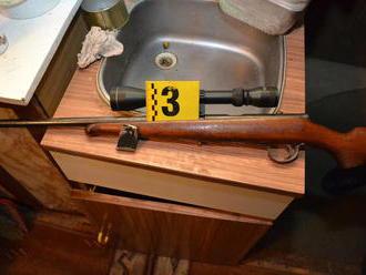 Vladimír   má poriadny problém: Domová prehliadka, prechovával u seba zbrane a náboje