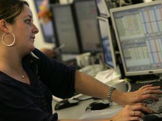 Platy zamestnancov štátnej a verejnej správy stúpnu o 4,8 %