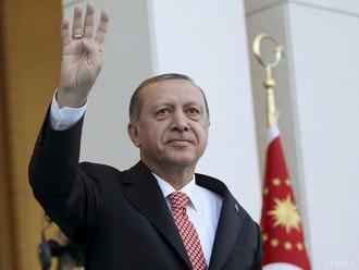 Turecký prezident Erdogan pricestoval na oficiálnu návštevu Grécka